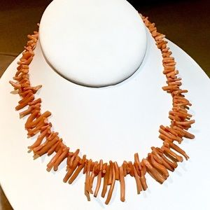 🎁VTG Natural Coral Necklace